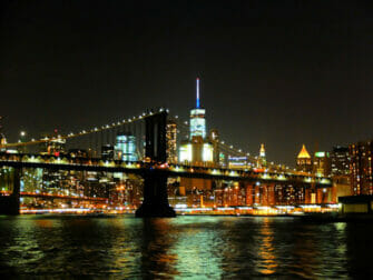 New York -illallisristeily - Siluetti