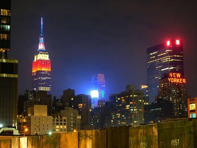 Naapurusto: Midtown Manhattan - Öinen Empire State Building