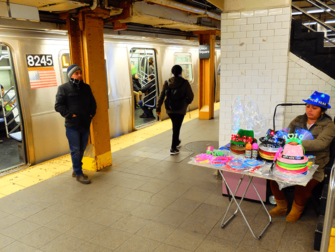 New Yorkin metro - Metrolaituri