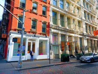 Shoppailu New Yorkin SoHossa - Louis Vuitton