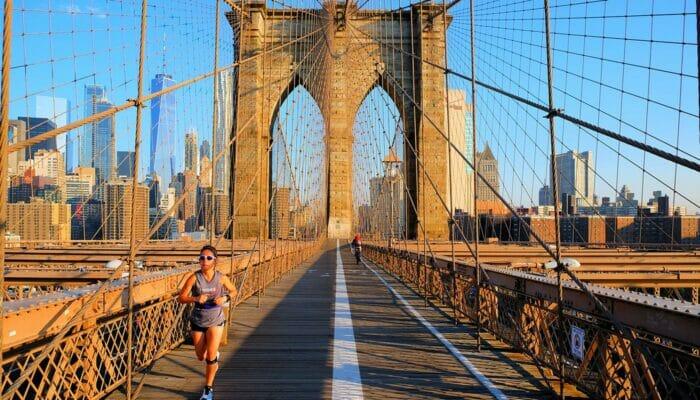 Brooklynin silta New Yorkissa - Lenkillä