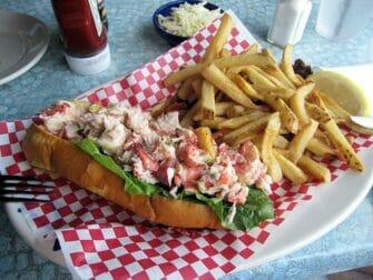 New Yorkista Bostoniin päivämatka - Lobster roll