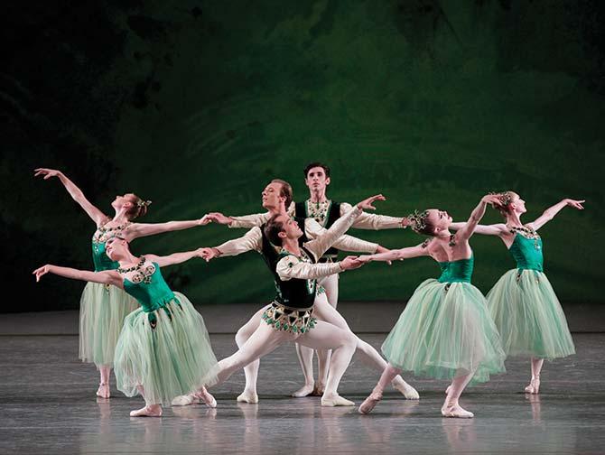 New York City Ballet -liput - Serenade vihreissä