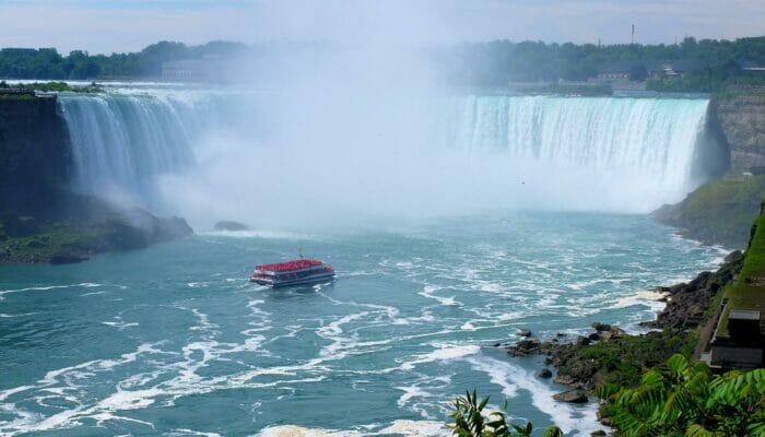 New Yorkista Kanada, Niagaran putoukset ja Finger Lakes 3 päivän matka - Risteily
