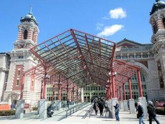 Ellis Island New Yorkissa - museon sisaankaynti