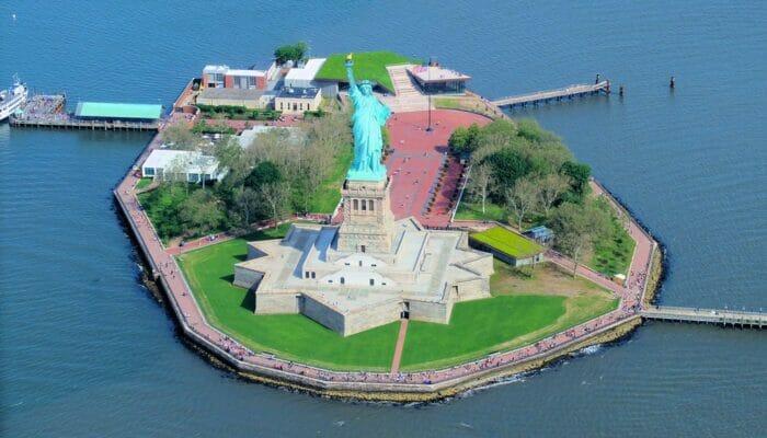 Vapaudenpatsas New Yorkissa - Liberty Island