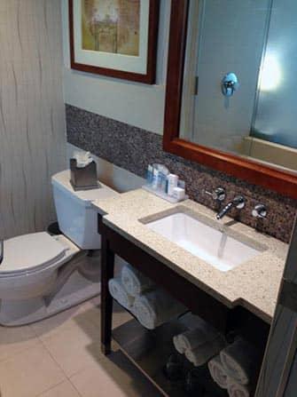 Wyndham Hotel New Yorkissa - kylpyhuone