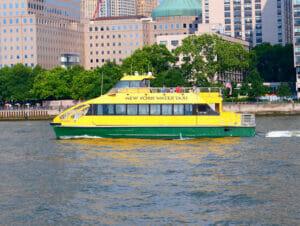 New York Harbour Hop On Hop Off -risteily