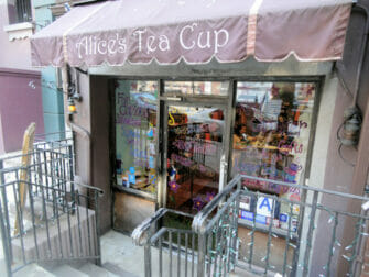 Iltapäivätee Alice's Tea Cup -kahvilassa - Upper West Side NYC