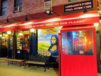 Paras pizza New Yorkissa - Lombardi's
