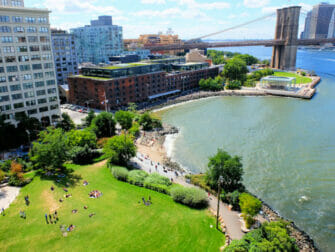 Puistot New Yorkissa - Brooklyn Bridge Park