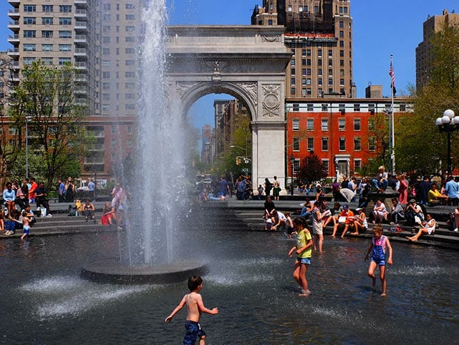 Puistot New Yorkissa - Washington Square Park
