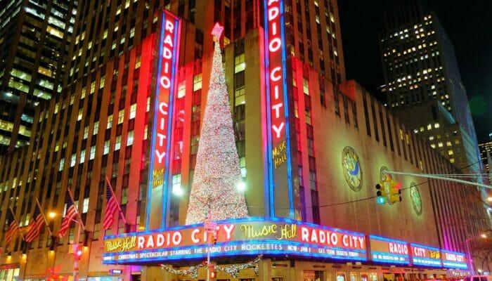 radio city christmas spectacular show new yorkissa