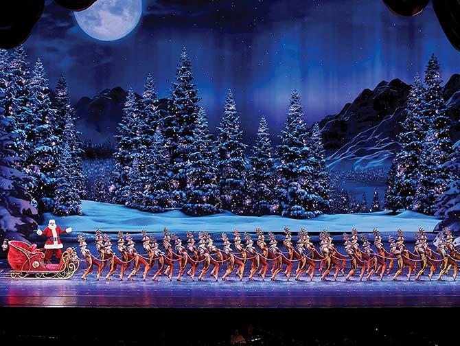Radio City Christmas Spectacular -liput - Joulupukki