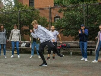 Hiphop-kierros New Yorkissa - Breakdancea New Yorkin kaduilla