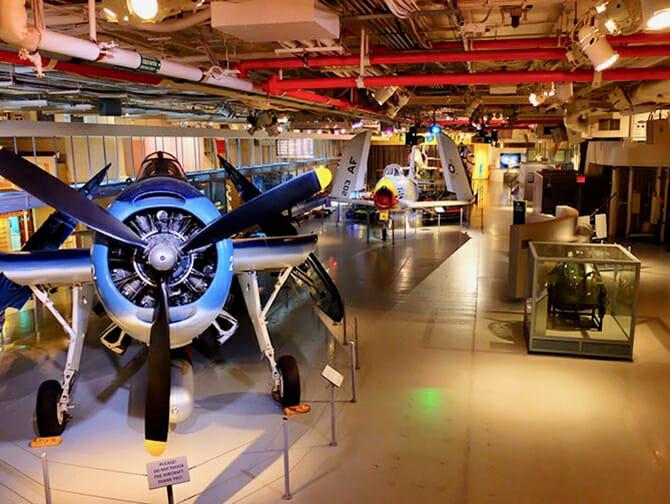 Intrepid Sea, Air and Space Museum New Yorkissa - Museon sisällä