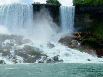 New Yorkista Niagaran putouksille 2-paivan matka - Bride Veil Falls
