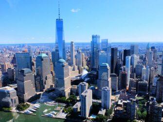Helikopterilentojen reitit New Yorkissa - Manhattanin siluetti