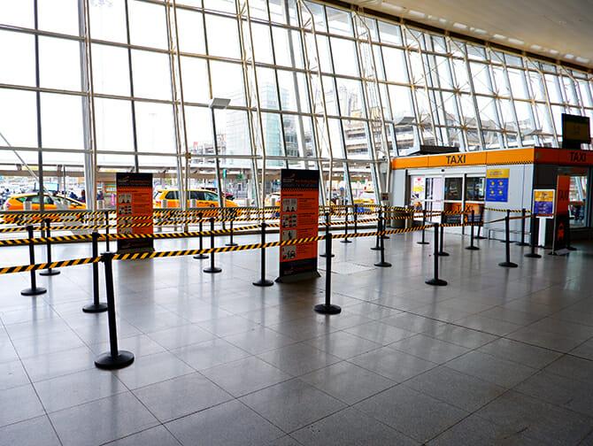 Kulkuyhteydet JFK lentokentältä Long Island Cityyn