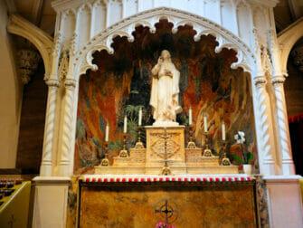 St. Patrick's Cathedral New Yorkissa - Pyhä Johannes Evankelista