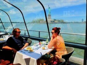 Bateaux-lounasristeily New Yorkissa