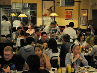 Chinatown ja Little Italy -ruokakierros - ravintola