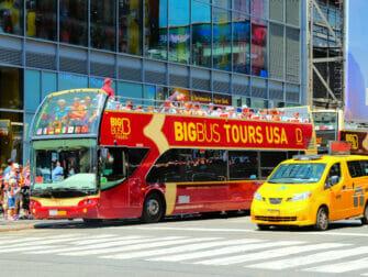 New York Sightseeing Flex Pass ja Sightseeing Day Pass -kaupunkipassien erot - Hop on Hop off -bussi