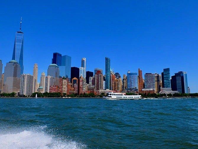Pikavene-ajelu New Yorkissa - Näkymä veneestä