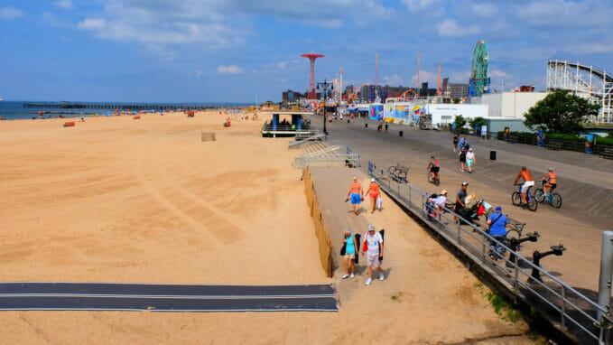 Coney Island – Zoom