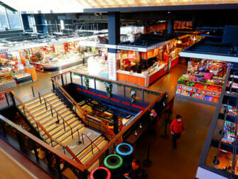 Lower East Side New Yorkissa - Essex Marketin sisällä