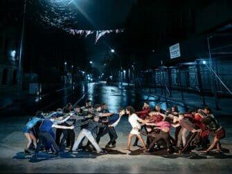 West Side Story Broadway-liput - Taistelu perheiden välillä