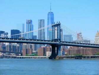 Manhattan Bridge New Yorkissa - Skyline