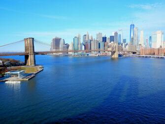 Manhattan Bridge New Yorkissa - Näkymä sillalta