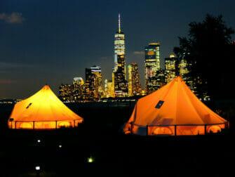 Governors Island New Yorkissa - Teltat yöllä