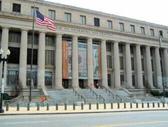 Alennuspassit Washington D.C.:n nähtävyyksille - Rakennuksia