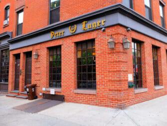 Paras pihviravintola New Yorkissa - Peter Luger