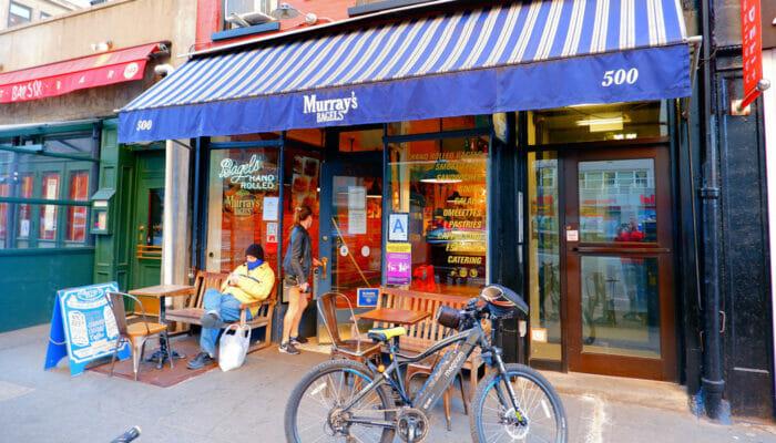 Parhaat kahvilat ja bagelit New Yorkissa - Murray's Bagels