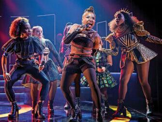 SIX Broadway-liput - Laulamassa