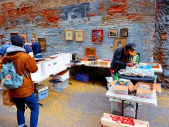 Kirpputorit New Yorkissa - Chelsea Flea Market