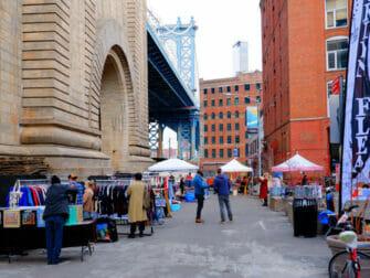 Kirpputorit New Yorkissa - Dumbo Flea Market Brooklyn