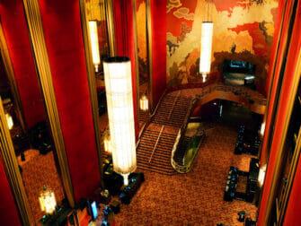 Radio City Music Hall New Yorkissa - Sisältä